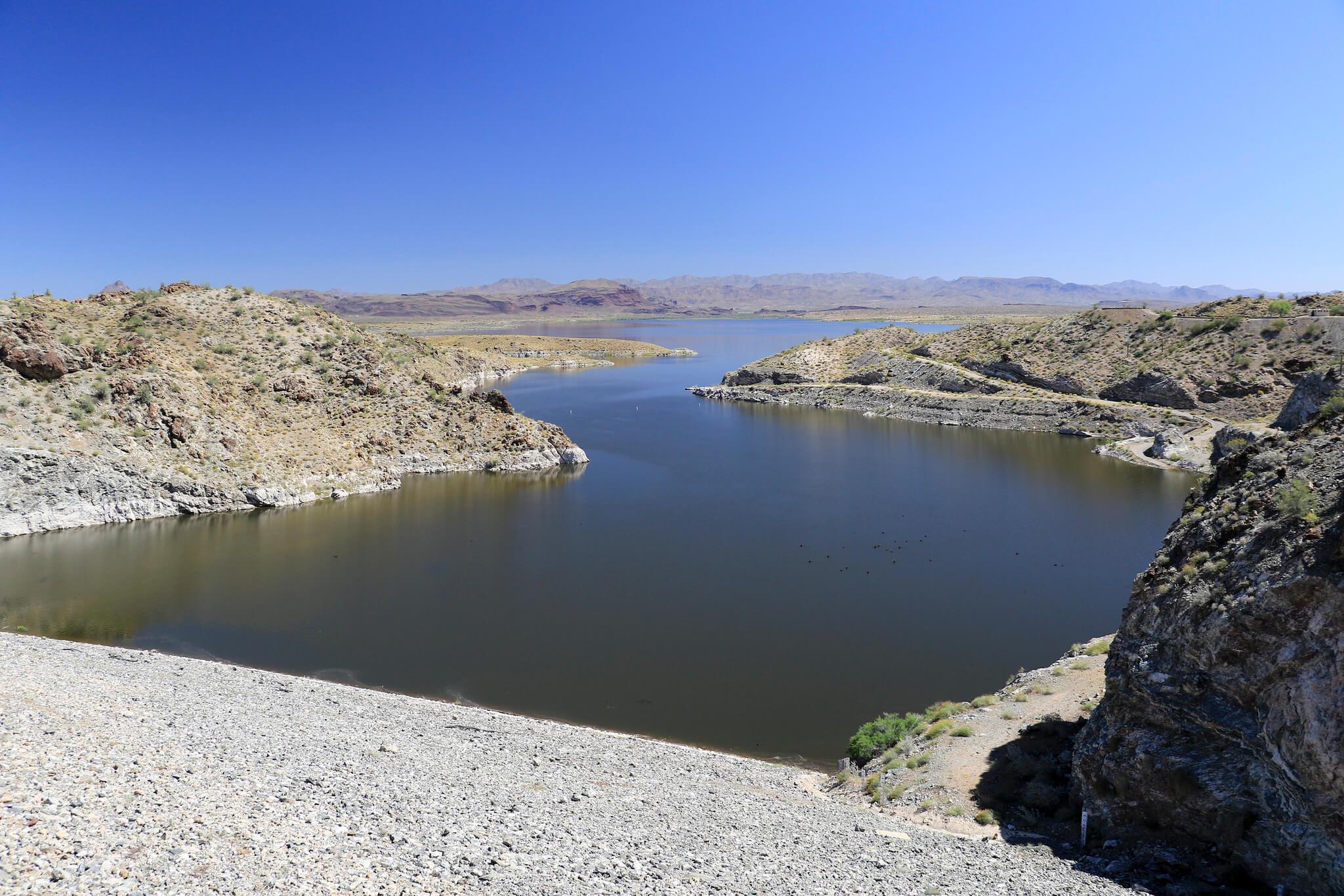 Alamo lake in Arizona - great for fishing