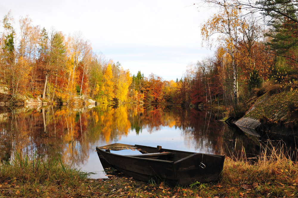Old fishign boat in the Fall